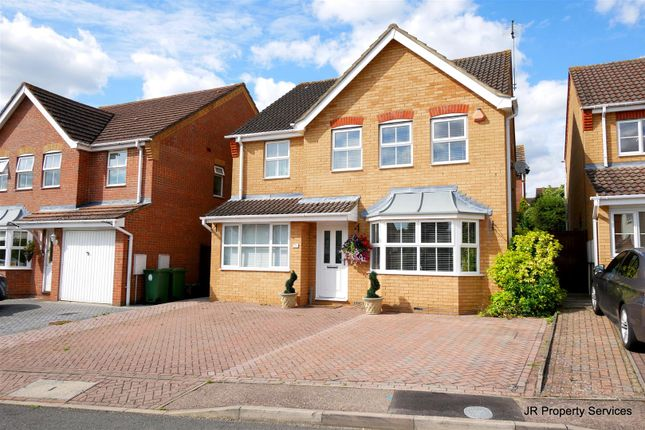 Thumbnail Detached house for sale in Wilkinson Close, Cheshunt, Waltham Cross