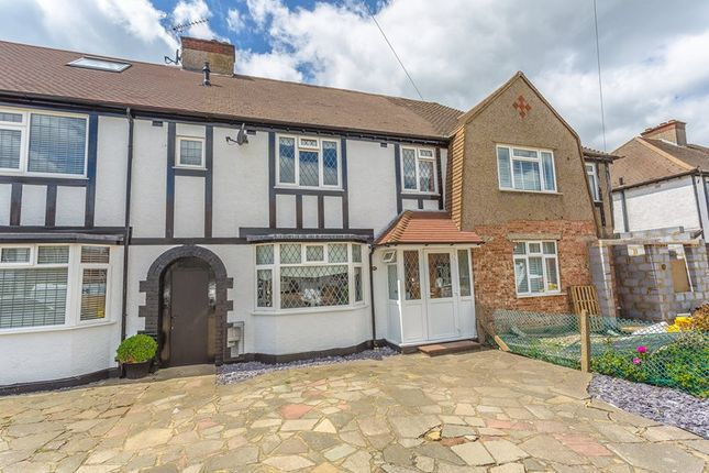 Thumbnail Property for sale in Tudor Close, South Croydon