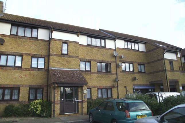 Thumbnail Flat for sale in Hedingham Place, Rectory Road, Ashingdon, Rochford
