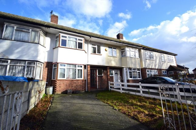 Thumbnail Terraced house for sale in Avenue Road, Harold Wood