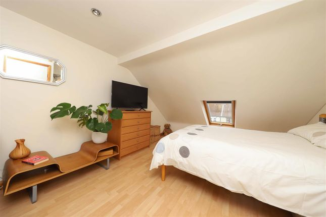 Bedroom of Little Road, Hayes UB3