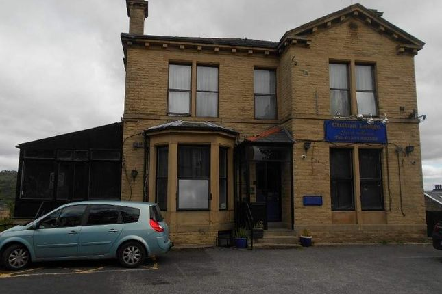 Thumbnail Hotel/guest house to let in 75 Kirkgate, Bradford