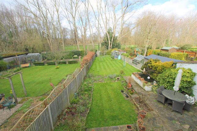 Thumbnail Property for sale in Bampfylde Close, Wallington
