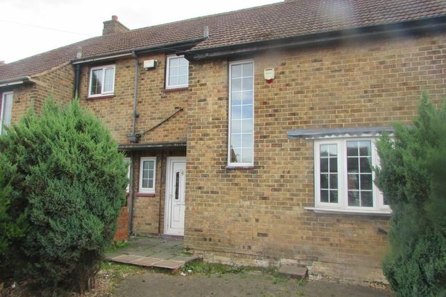 Thumbnail Semi-detached house to rent in Redbourne Road, Grimsby