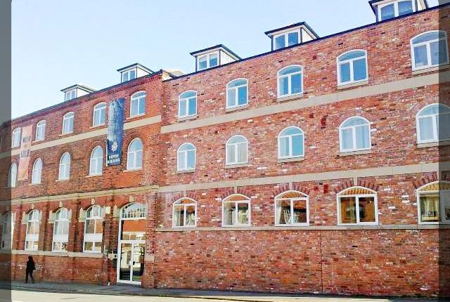 Thumbnail Flat to rent in Copperfield House, Barton Upon Humber, South Humberside