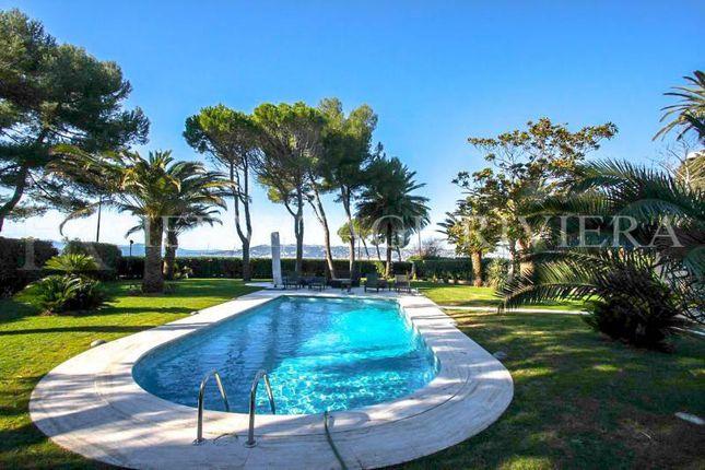 Thumbnail Villa for sale in Cap D'antibes, Alpes-Maritimes, Provence-Alpes-Côte D'azur, France