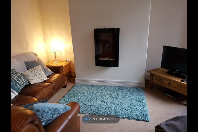 Thumbnail Terraced house to rent in Lumn Road, Hyde