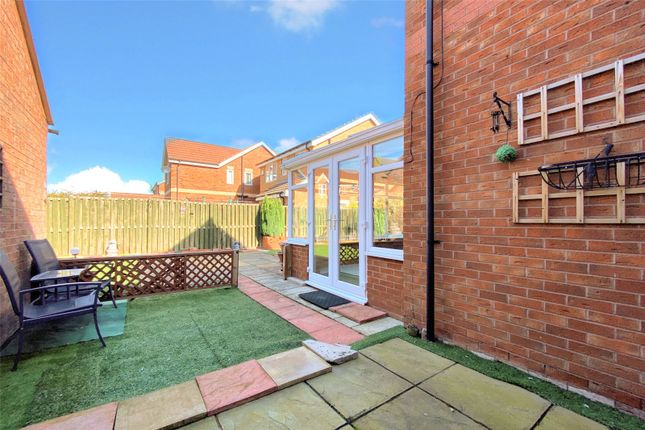 Picture No. 16 of Easter Wood Close, Bransholme, Hull, East Yorkshire HU7