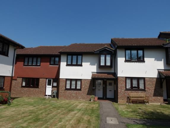 Thumbnail Maisonette for sale in Perry Street, Billericay, Essex