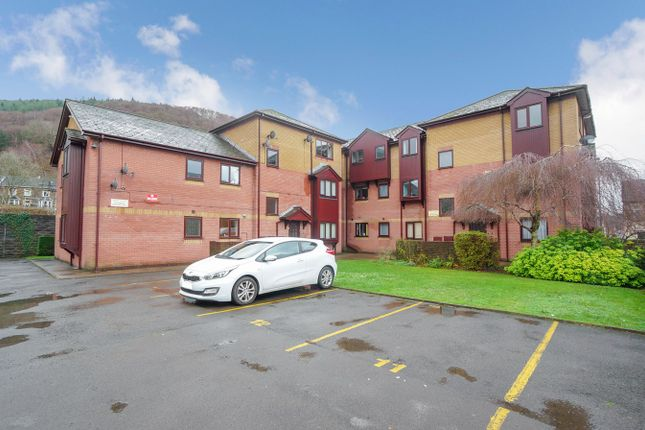 Thumbnail Flat for sale in Woodward Road, Cross Keys, Newport