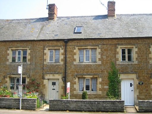 3 bed cottage to rent in Kingham, Chipping Norton