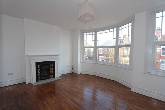 Thumbnail Flat to rent in Roseneath Avenue, Winchmore Hill