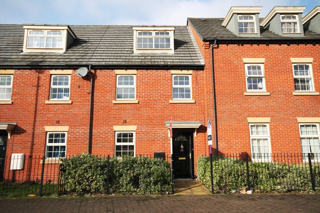Thumbnail Town house to rent in Shaftesbury Crescent, Derby