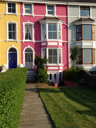 Thumbnail Flat to rent in Promenade, Llanfairfechan