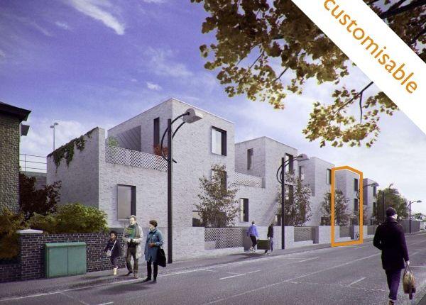 Thumbnail Terraced house for sale in Blenheim Grove, Peckham, London