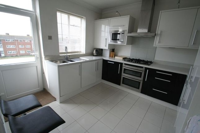 Thumbnail Flat for sale in Strand Parade, The Boulevard, Goring-By-Sea, Worthing