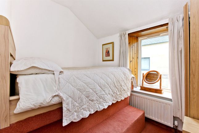 Bedroom1 of Nelson Place, New Town, Edinburgh EH3