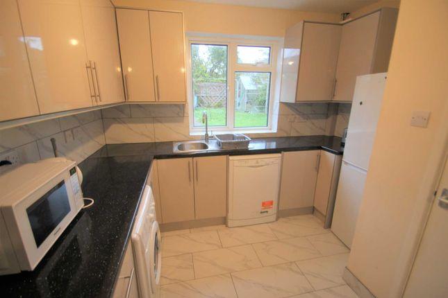 Thumbnail Property to rent in Warren Crescent, Headington