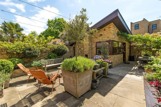 Thumbnail Semi-detached house for sale in Courthope Road, Wimbledon Village, London