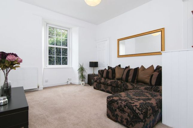 Thumbnail Flat for sale in 4/4 Salmond Place, Abbeyhill