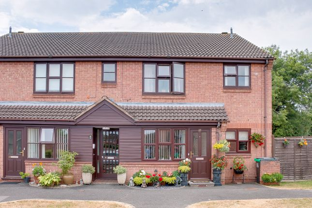 Thumbnail Flat for sale in Naseby Close, Redditch