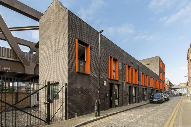 Thumbnail End terrace house for sale in Grimsby Street, London