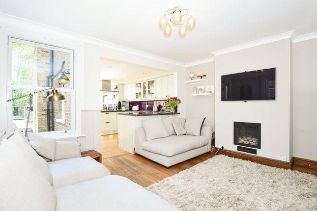 Thumbnail End terrace house to rent in Aldenham Road, Bushey
