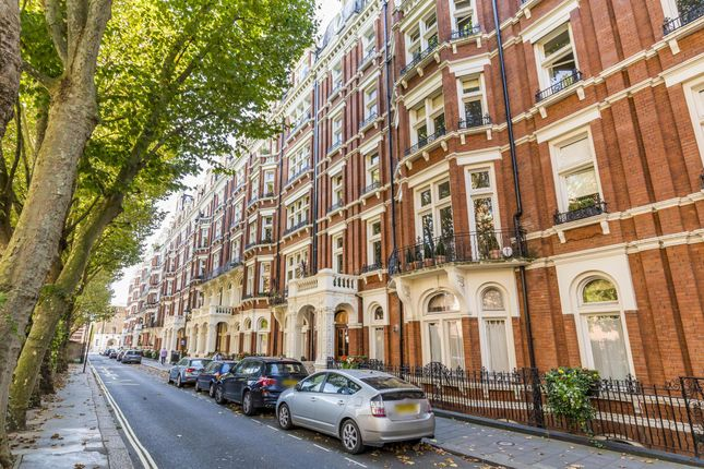 Thumbnail Flat for sale in Morpeth Mansions, Morpeth Terrace, Westminster, London