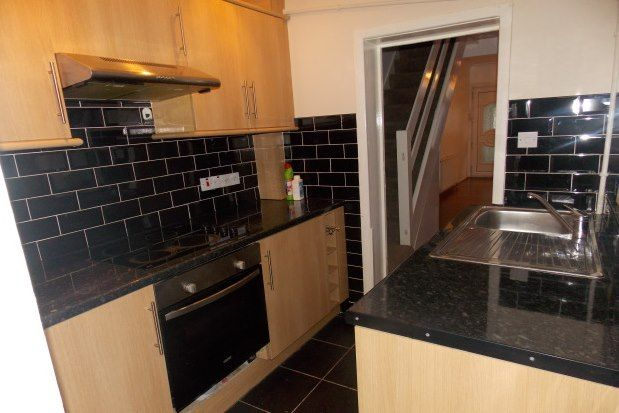 Thumbnail Property to rent in Eldred Road, Barking