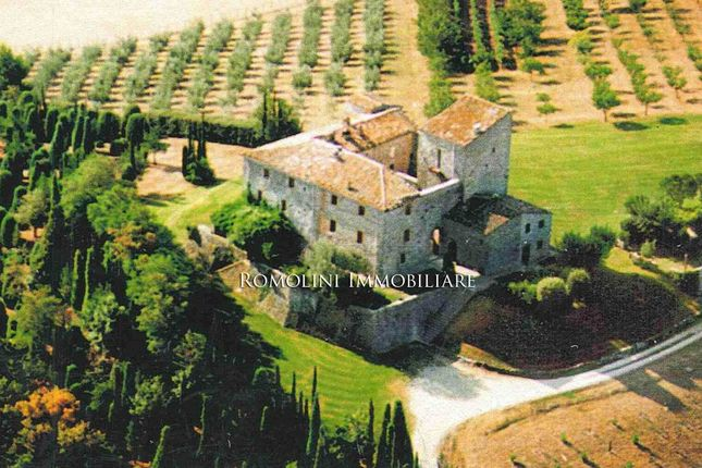 11 bed property for sale in Todi, Umbria, Italy