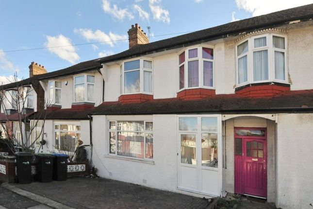 Thumbnail Property for sale in Lawrence Avenue, Palmers Green, London