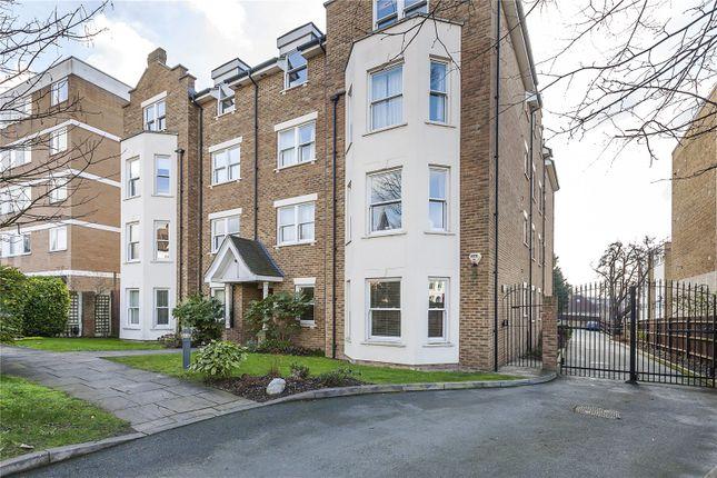 Thumbnail Flat for sale in Belmont Hill, London