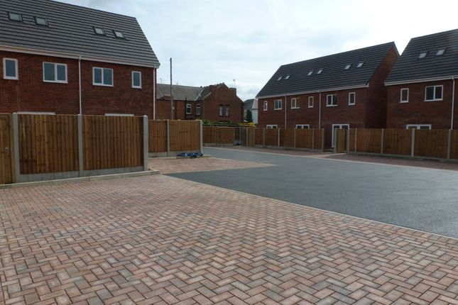 Thumbnail Town house for sale in Station Road, Langley Mill, Nottingham