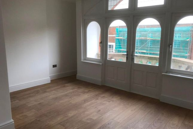 Thumbnail Flat to rent in High Street, Eltham
