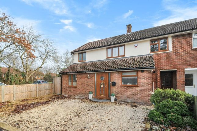 Thumbnail Semi-detached house to rent in Fernhill Close, Priestwood