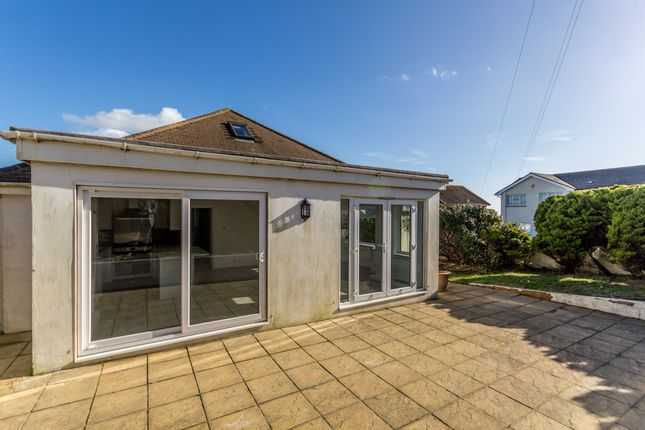Thumbnail Detached bungalow to rent in Lenham Avenue, Saltdean, Brighton