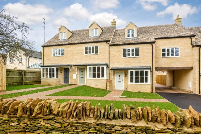 4 bed terraced house to rent in 3 Sycamore Place, Tew Road, Enstone, Chipping Norton OX7