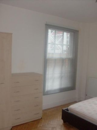 Thumbnail Flat to rent in 6, Windsor House, Westgate Street, Cardiff, South Wales
