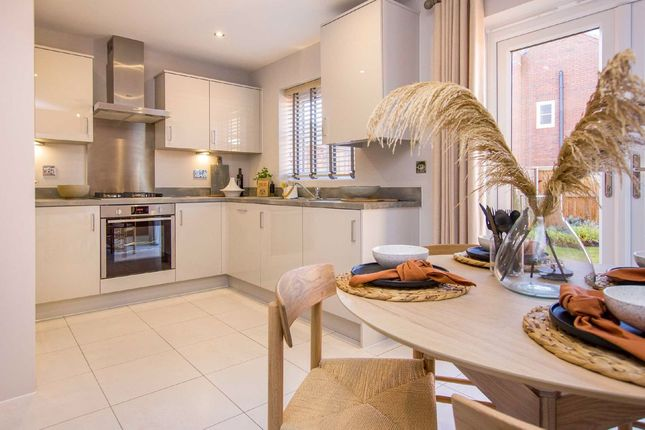 3 bed semi-detached house for sale in Rothwell Road, Kettering, Northamptonshire NN16