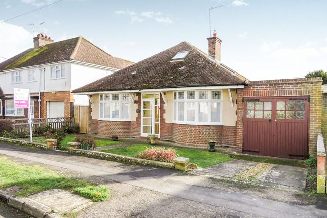 Thumbnail Bungalow for sale in Beaconsfield Road, Tring