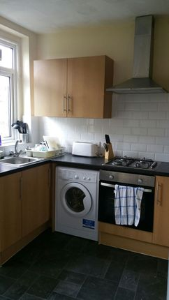 5 bed shared accommodation to rent in Bridge Street, Barnsley, Barnsley S71