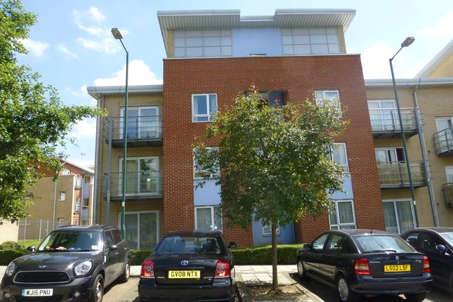 2 bed flat to rent in Wellspring Crescent, Wembley Park