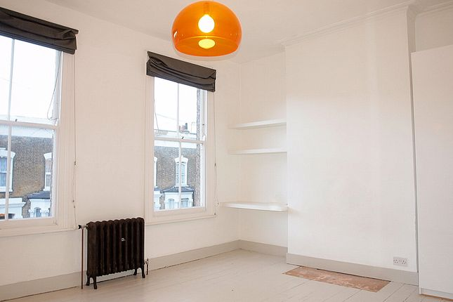 Thumbnail Terraced house to rent in Appach Road, London