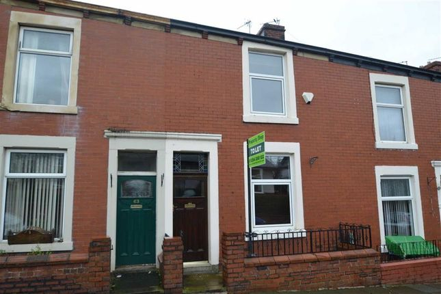 2 bed terraced house to rent in Earl Street, Clayton Le Moors, Accrington