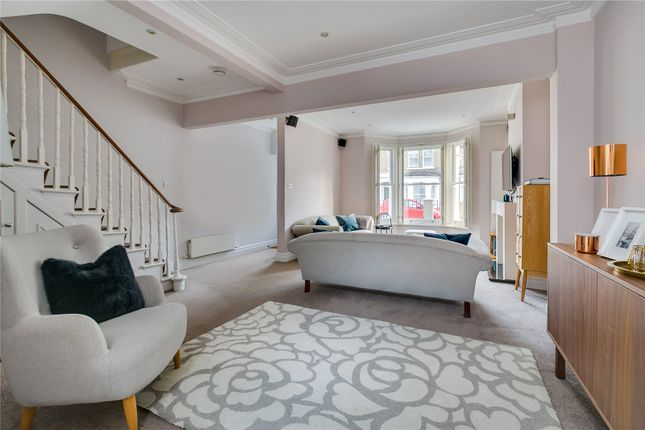 Reception of Brookville Road, Parsons Green, London SW6