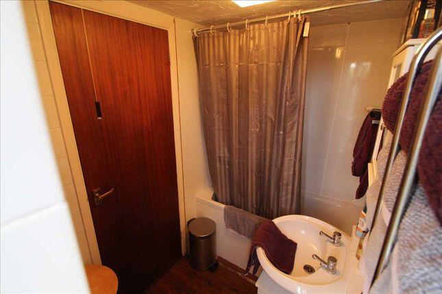 Family Bathroom of Sorrell Walk, Martlesham Heath, Ipswich IP5