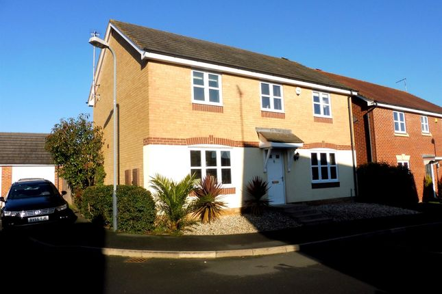 Thumbnail Detached house for sale in Jacombe Close, Chase Meadow Square, Warwick