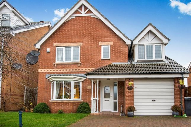 4 bed detached house to rent in Brantingham Gardens, Bawtry, Doncaster DN10