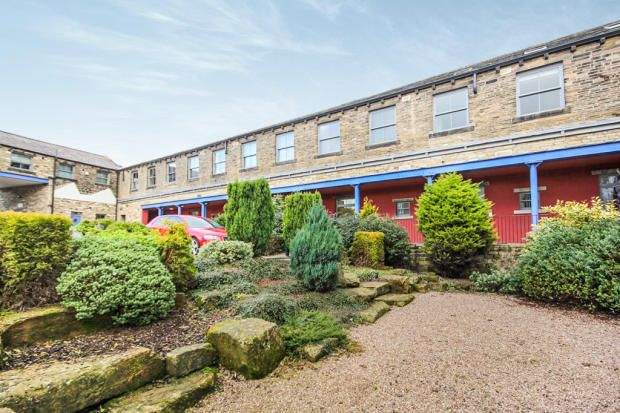 Thumbnail Flat to rent in Hainsworth Road, Silsden, Keighley
