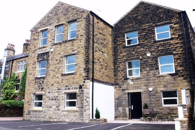 Thumbnail Flat to rent in 353 Wakefield Road, Denby Dale, Huddersfield